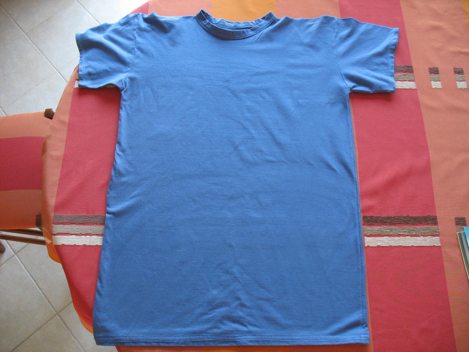 teeshirt001.jpg